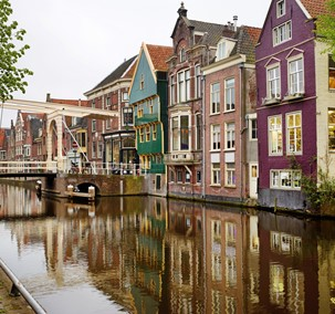 Discover Alkmaar from the water and see the town from a different perspective